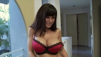Секса: насадил на черный пенис сексапильную шлюху-блондинку в чулках