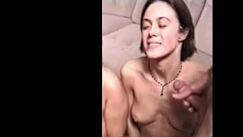 Подборка порно роликов с садящимися на мужские мордашки девахами