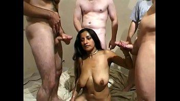 Анальный секс такого вида с толстозадой нимфеткой